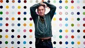 Biografía de Damien Hirt: Vida y Trayectoria Artística